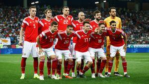 Сборная России в октябре опустилась на 34-е место в рейтинге ФИФА