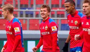 Обляков забил мяч «Оренбургу» сцентра поля. Это его дебютный гол заЦСКА