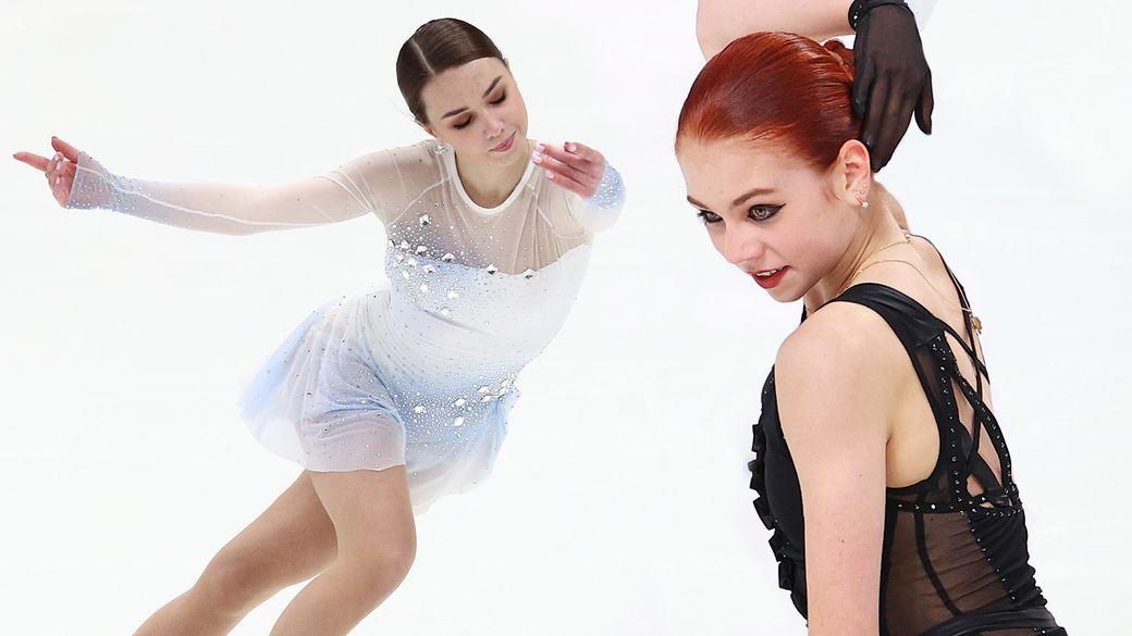 Звезды сборной России по фигурному катанию показали программы на олимпийский сезон. Выставляем оценки