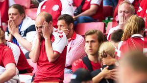 «На трибунах рыдали мужчины, никогда такого не видел». Как футболиста сборной Дании Эриксена спасали прямо на поле