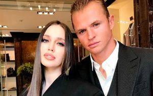 Костенко призналась, что на первой встрече с Тарасовым увидела в нем бабника