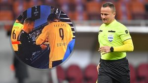 В Румынии наказали судью, взявшего автограф у Холанда после матча ЛЧ. Шовре собирал средства на благотворительность