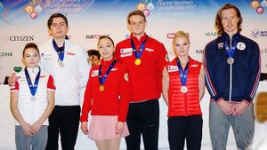 Фигуристы без горячей воды, странные талисманы, 5 медалей России. За кулисами чемпионата Европы