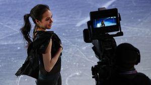 Попова: «Загитова совершенно не обязана разговаривать на уровне с топовыми ведущими»