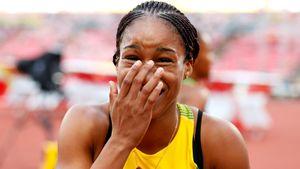 Первый допинг-скандал ЧМполегкой атлетике случился еще доего начала. Россиюбы сразу наказали