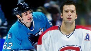 Русский хоккеист Назаров нокаутировал канадца ударом головой. Оннезнал правил, ноэффектно победил Кинтала