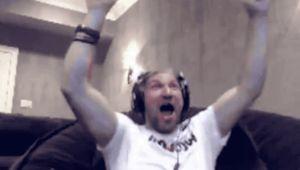 Овечкин эмоционально отпраздновал гол вворота Гретцки за2 секунды доконца матча: видео
