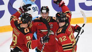 Американец Буше переехал в Россию и забил в первой же официальной игре. «Авангард» дожал «Сибирь» в дерби