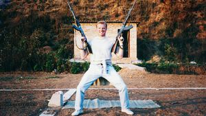 Как футболисту сборной России предложили расстрелять смертников
