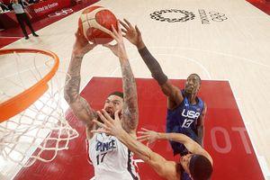 Американские баскетболисты проиграли Франции в стартовом матче олимпийского турнира