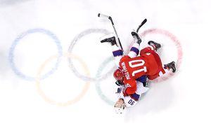 Мужская сборная России разгромила норвежцев и вышла в полуфинал ОИ-2018