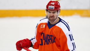 Он оказался не нужен Знарку, но стал лучшим бомбардиром КХЛ. История Даугавиньша, которого хвалил сам Кросби