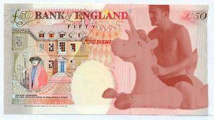 Англичане хотят видеть на 50-фунтовой купюре Харри Магуайра. На надувном единороге