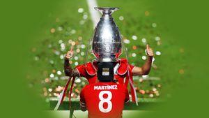 Футболист «Баварии» Эрнандес необычно отметил победу в Лиге чемпионов, спрятав голову в кубке: видео