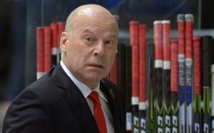 8 тренеров КХЛ, которым пора на выход
