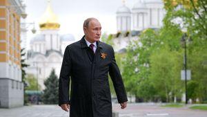 Боец ММА Вартанян раскритиковал Путина: «Замутил парад только для себя. Стыдно»
