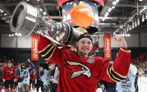 Обладатель Кубка Гагарина в составе «Авангарда» Семенов подписал контракт с «Торонто»