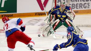 Сборная России обыграла Швецию в 1-м матче заключительного этапа Евротура