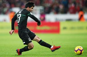 Шикарный удар Сулейманова со штрафного претендует на звание лучшего гола тура в Лиге чемпионов