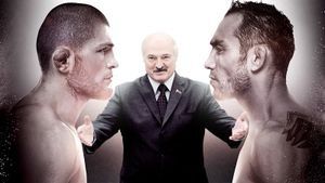 Лукашенко готов спасти бой Хабиба иФергюсона. Белоруссия официально предложила принять турнир UFC 18апреля