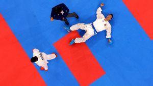 Самый странный чемпион Олимпиады. Иранский каратист побывал в нокауте и не сразу узнал о победе