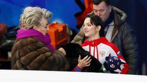 «Малыха выросла!» Как Тарасова, Авербух идругие звезды фигурки поздравили Медведеву сднем рождения