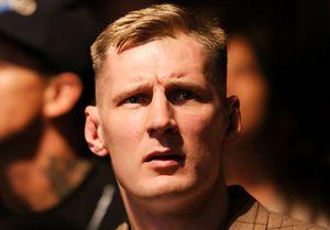 «Мой твиттер взломали американские шпионы». Русский боец UFC объяснил посты про Обаму