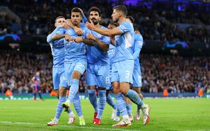 Хет-трик Нкунку не спас «РБ Лейпциг» от поражения в матче с «Манчестер Сити». Англичане забили шесть раз