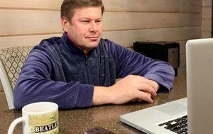 «Вышел напробежку иобалдел— пикники, огромные компании». Губерниев призвал россиян сидеть дома