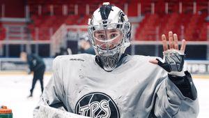 Русский вратарь— лучший в Финляндии и может оказаться в НХЛ! В «Салавате» Кареев сидел за спиной финна Метсолы