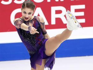 «Как гвозди заколачивает». Тарасова оценила выступление чемпионки Европы Косторной: видео