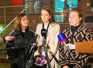Экс-жена хоккеиста Зайцева сообщила опоступивших угрозах отбывших родственников