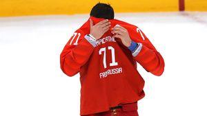 «Возможно, тренер мстит ему за Олимпиаду». Русскую звезду уничтожают в американском клубе