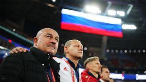 Сборная России может выступать наЧМ-2022 без флага игимна