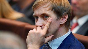 Чемпион ОИ-2008 Сильнов подозревается вприменении допинга. Онодин избоссов нашей легкой атлетики