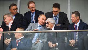 «Я бы прикрыл Путина от пули». Экс-глава Формулы-1 хочет, чтобы президент России правил Европой