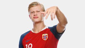 Вундеркинд из Норвегии забил 9 голов в матче юношеского ЧМ. Парня хочет «МЮ», а его отцу мстил Кин