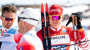 Большунов проиграл Клэбо первую гонку лыжного сезона. Устюгова вообще дисквалифицировали
