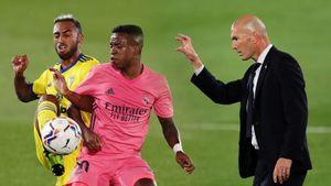 Зидан сделал четыре замены в перерыве, но «Реал» это не спасло от домашнего поражения от Кадиса