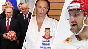 Фотошоп Тарасова, признание Овечкина, приглашение Черчесова. Как спортсмены поздравили Путина