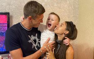 Жена футболиста сборной России Соболева: «Нам его жутко не хватает как папы и мужа»
