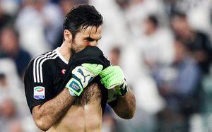«Ювентус» проиграл матч года в Италии. Теперь чемпионом может стать «Наполи»
