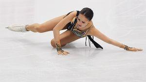 Тарасова поддержала Загитову после провала вфинале: «Алина, неплачь!»
