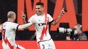 Гол Фалькао принес «Райо Вальекано» победу над «Барселоной». Депай не забил пенальти