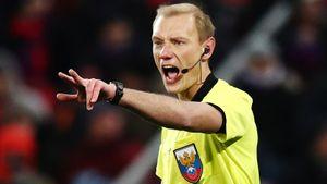 Арбитры Сухой и Москалев отстранены на месяц из-за грубых ошибок в матче «Ротор» — «Спартак»
