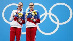 12-й день Олимпиады Live: Синхронистки выиграли золото, гандболистки прошли в полуфинал!