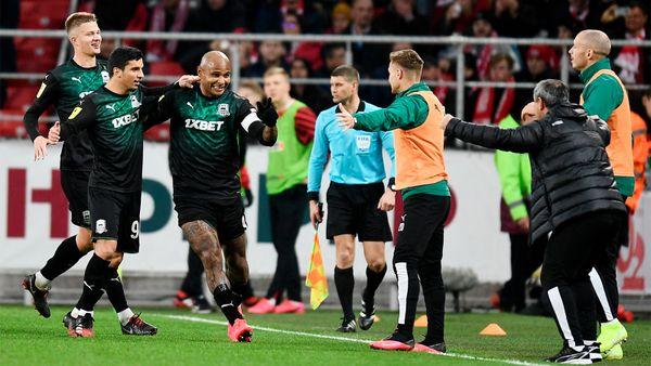 Ари снова наказал «Спартак»: забил бывшим 8-й гол в11 матчах. УТедеско первое поражение в2020-м