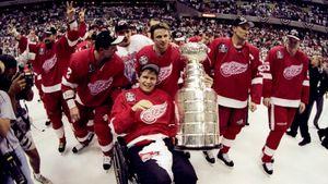 Самый русский финал в истории Кубка Стэнли. В 1998-м знаменитая пятерка «Детройта» оставила без титула «Вашингтон»