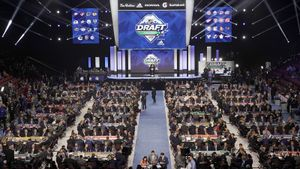Коронавирус спутал карты боссам клубов НХЛ. Теперь они могут не угадать с выбором на драфте новичков
