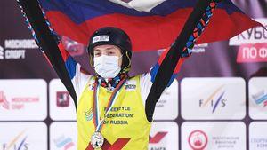 Россия блистает не только в лыжах. На ЧМ по фристайлу зажгли акробат Буров и могулистка Смирнова